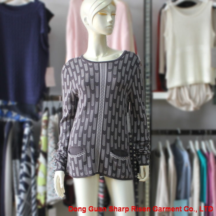 Arrow Pattern Knit Pullover With Pockets AN15216